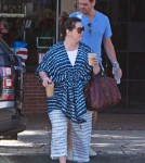 melissamccarthy-fam-out9
