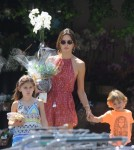 alessandra-ambrosio-kids-out-and-about2