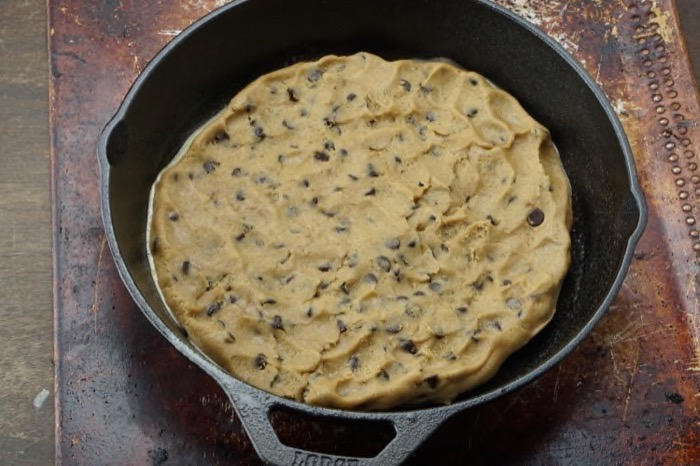 Easy Turtle Skillet Cookie