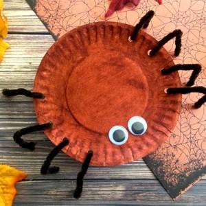 Simple Halloween Spider Craft
