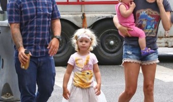 Jack Osbourne & Family Go to the Farmer's Market