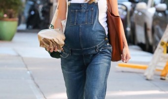 Pregnant Olivia Wilde Bumps Through Tribeca