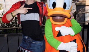 Gwen Stefani Celebrates Halloween Time at Disneyland