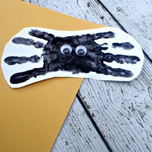 Halloween Handprint Spider Craft