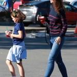 Katie Holmes & Suri Grab Iced Tea