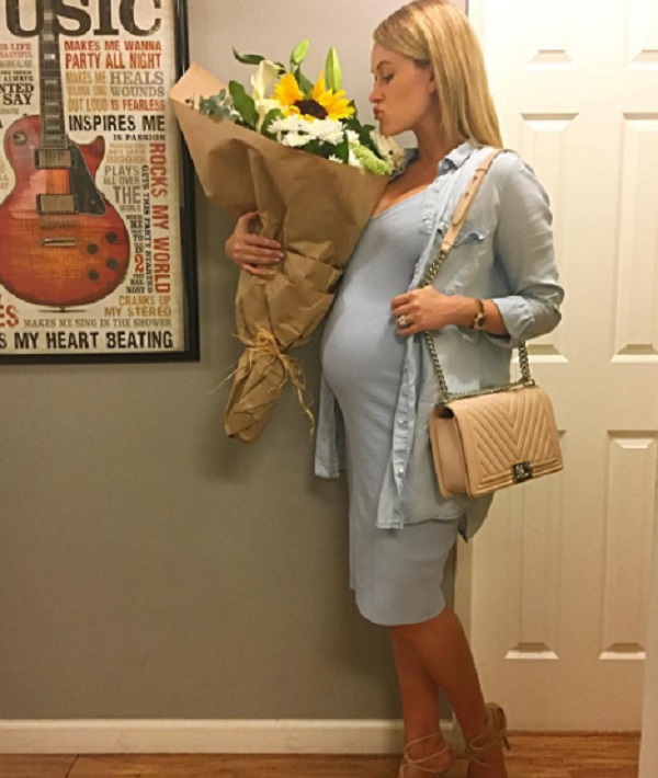 Peta Murgatroyd Is Already 7 Months Along, Baby Chmerkovskiy Will Be Here Soon!