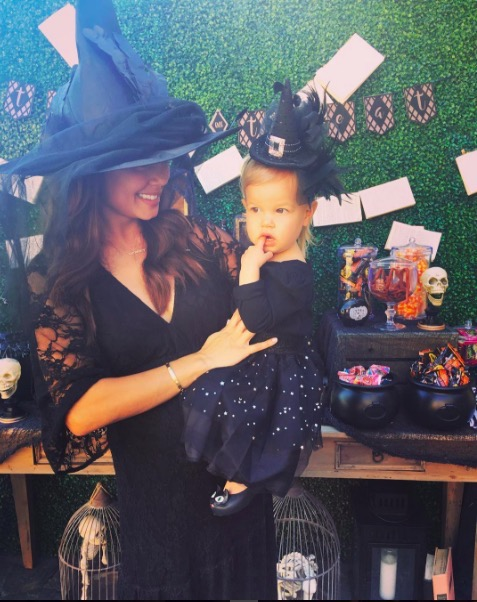 Vanessa Lachey & Brooklyn at Pumpkin Patch