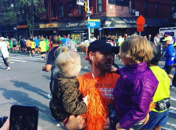 Drew Barrymore And Daughters Cheer On Will Kopelman At NYC Marathon
