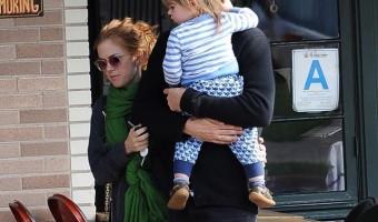 Isla Fisher & Sacha Baron Cohen Stroll With Montgomery