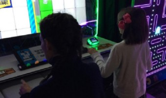 Katie Holmes Takes Suri Cruise To Play Arcade Games