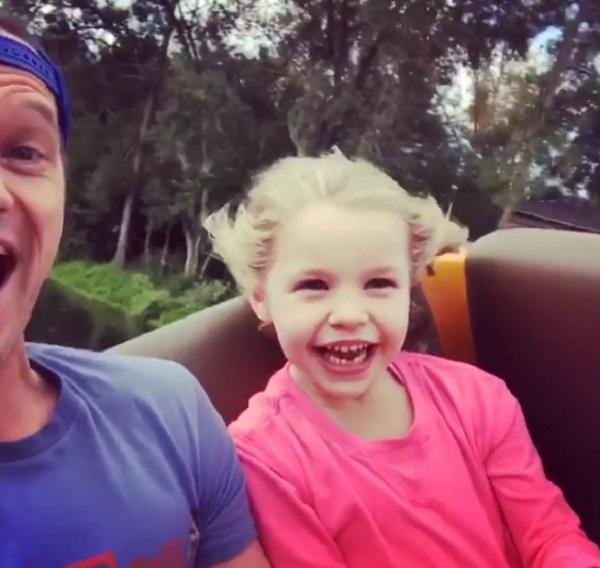 Neil Patrick Harris Takes Twins Harper And Gideon To Disney World