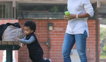 Kelly Rowland Take Titan to the Park