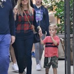Reese Witherspoon Heads to the Farmer's Market with Family