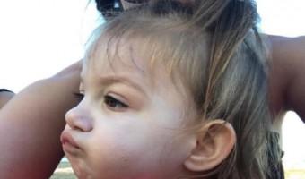 "Haylie Duff Takes A Selfie With Her ""Bestie"" Ryan Ava"