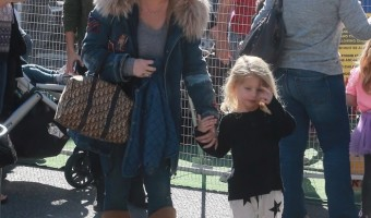 Jessica Simpson & Family Visit the Farmer's Market