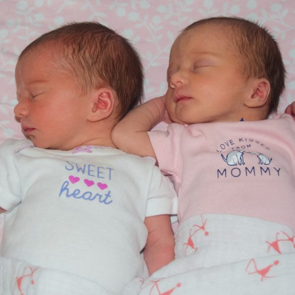 10 Fun Facts About Twins For Expectant Moms