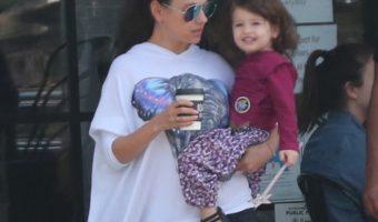 Mila Kunis & Ashton Kutcher Grab Breakfast With Wyatt