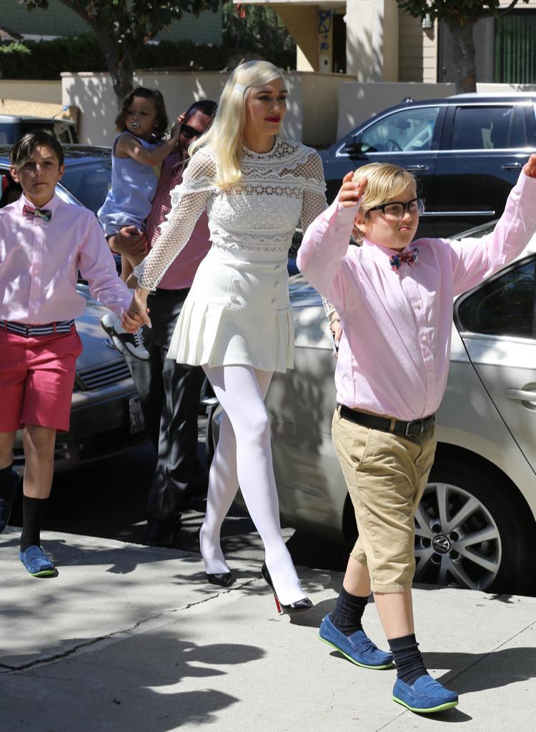 Gwen Stefani Takes Her Kids To Church In La Celeb Baby