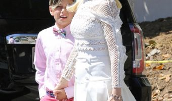 Gwen Stefani Attends Easter Sunday Service With Kids