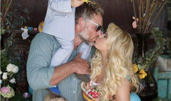 Jessica Simpson's Easter Family Portrait