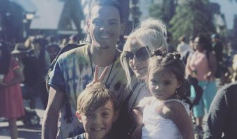 Ashlee Simpson & Evan Ross Enjoy Family Vacation at Universal City Walk