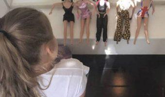 Harper Beckham Plays With Her Mother's Spice Girls Dolls!