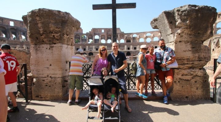 Navigating the Colosseum & Roman Forum with Baby Twins and a Kindergartener #TheRomanGuy